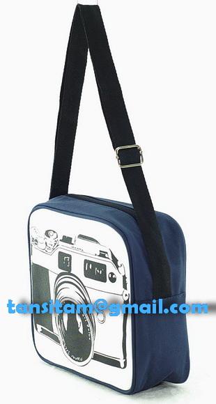 ขายกระเป๋าผ้าลายกล้องโลโม่