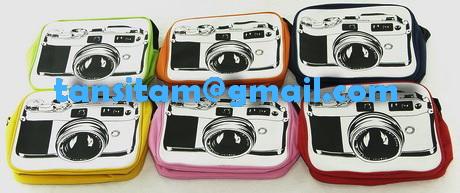 ขายกระเป๋าสะพายผ้าลายกล้องโลโม่