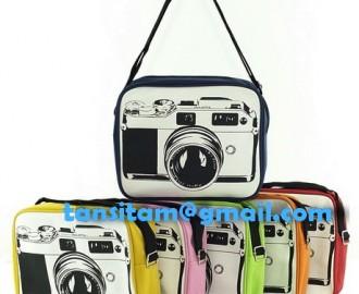 ขายกระเป๋าสะพายลายกล้องโลโม่