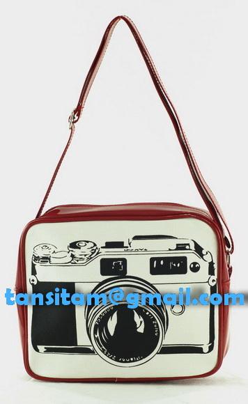 ขายกระเป๋าสะพายลายกล้อง